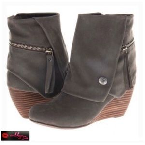 New Gray Basha Wedge Ankle Boots
